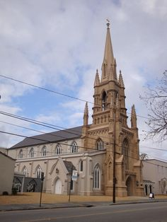 Grace Episcopal Church Charleston Sc Hanahan Hall To The Right The Parish