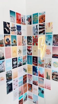 Photo Wall Collage, Photo Wall Decor, Bedroom Wall Collage, Collage Collage, Bedroom Posters, Collage Design, Collage Ideas, Collages, Cute Room Ideas