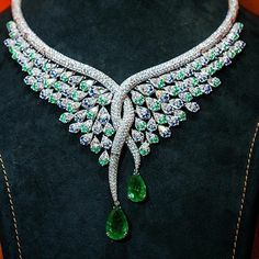 >>>Cheap Sale OFF! >>>Visit>> Diamond and Emerald Necklace I Love Jewelry, Jewelry Necklaces, Fine Jewelry, Jewelry Design, Bracelets, Emerald Jewelry, Diamond Jewelry, Emerald Necklace, Emerald Gemstone
