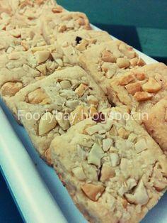 Ghar Ka Khana, Maje Se Banana: CASHEW NUTS BISCUITS
