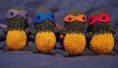 knitted_teenage_mutant_ninja_turtles_by_dragonwings131-d4ozxzh.jpg (3262×1885)