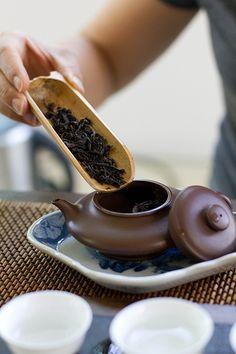 Experiencing Tea, Part One Te Chai, Tea Benefits, Brewing Tea, Chinese Tea, Tea Art, How To Make Tea, Chocolate Pots, My Tea, Tea Ceremony