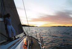 4 Tage an Bord einer komfortablen Segelyacht mit erfahrenem Skipper rund um die Insel Rügen. #Hausboot #travel #Urlaub #holidays #Ferienwohnung #summer #imUrlaubwiezuhausefühlen