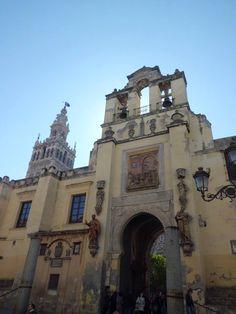 http://patrimoniodesevilla.es/wp-content/uploads/photo-gallery/puertas_catedral/01_Puerta_del_Perd%C3%B3n.jpg