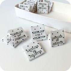 DIY labels - by le jardin de juliette Juliette, Sewing Hacks, Diy Tutorial, Diys, Place Card Holders, Pattern, Blog, Fun, Handmade