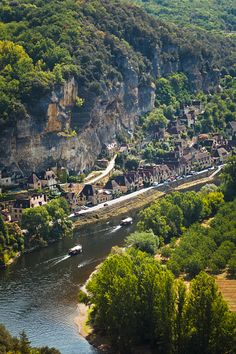 La Roque-Gageac village, Perigord Noir, Dordogne, France, Europe - aerial view