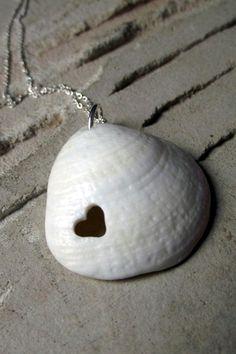 Beautiful and Magical Sea Shell Craft Ideas (26)