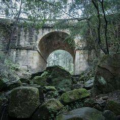 'Spooky', Lennox Bridge, Glenbrook: the oldest surviving stone-arch bridge on the Australian mainland, since 1833 (photo Australian People, Penrith, Arch Bridge, Sense Of Place, Old Stone, Blue Mountain, Another World, Past, To Go