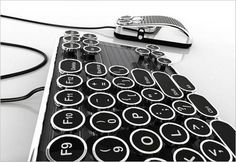 Keyboard like a typewriter.