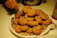 Delicious melomakarona! The traditional Greek Christmas cookies! #Greece #Xmas #greekfood