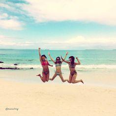 Don't worry be happy! #vibe #nature #trippics #traveling #travelgram #instatrip #instatravel #viagem #viajando #australia #nsw #sisters #beach #beachgirls #love by monnitrip
