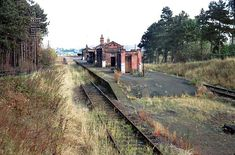 Abandoned Train, Abandoned Buildings, Abandoned Places, Old Train Station, Disused Stations, Steam Railway, Old Trains, Train Tracks, Nottingham