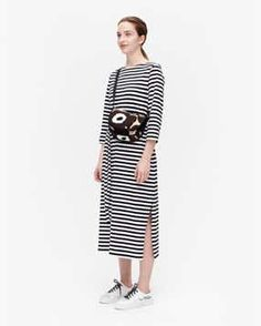 Marimekko Bag, Scandinavia Design, Poppy Pattern, Cotton Canvas, Bag Accessories, Floral Prints, Dresses For Work, Shoulder Bag, Shirt Dress