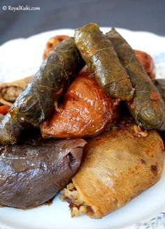 Etli Kuru Dolma Tarifi Sarma ve dolma tarifi Sarma ve dolma Videolu Tarif – Sarma ve dolma tarifi – The Most Practical and Easy Recipes Turkish Recipes, Italian Recipes, Ethnic Recipes, Cute Food, Good Food, Yummy Food, Dolma Recipe, Kurdish Food, Turkish Kitchen