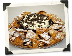 Cannoli nachos!! Oh. My. Word. Danger danger! Good for New Years? Or every single day.