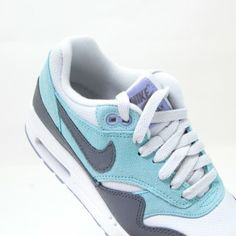 Nike Wmns Air Max 1 Essential http://www.soulfoot.de/de/shoes/Wmns-Air-Max-1-Essential,12004,599820-004.html #nike #airmax #slft #soulfoot