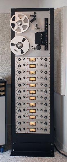 """Scully Model 284-12 12-Track 1"""" Recorder/Reproducer - www.remix-numerisation.fr - Rendez vos souvenirs durables ! - Sauvegarde - Transfert - Copie - Digitalisation - Restauration de bande magnétique Audio - MiniDisc - Cassette Audio et Cassette VHS - VHSC - SVHSC - Video8 - Hi8 - Digital8 - MiniDv - Laserdisc - Bobine fil d'acier - Micro-cassette - Digitalisation audio - Elcaset"""