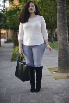 Top: rue+ c/o (similarhere)| Jeans: Old Navy, old (similar here)| Boots: Nine West, old (similar here & here in wide calf) | Bag: Givenchy, Net-a-Po