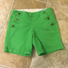 "Kelly green J Crew shorts Adorable Kelly green chino shorts. Good condition, worn a few times. Inseem Is 6 1/2"" J. Crew Shorts"