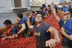 In 2012, 125 tons of over-ripe tomatoes were used for La Tomatina. (Photo credit: ©LaTomatina.info)