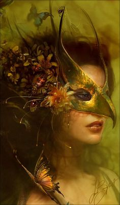 Queen of the Fae Masquerade Mask
