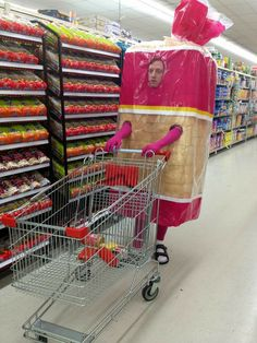 Stupid Memes, Stupid Funny, Haha Funny, Hilarious, Funny Images, Funny Photos, Funny Group Halloween Costumes, Weird Costumes, Food Costumes