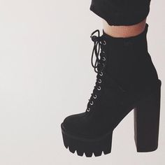 Graveyard Girl in the Jeffrey Campbell Syndicate Platform Boot || Get the boot: http://www.nastygal.com/shoes-boots-lace-up/jeffrey-campbell-syndicate-platform-boot?utm_source=pinterest&utm_medium=smm&utm_term=ngdib&utm_content=omg_shoes&utm_campaign=pinterest_nastygal