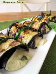 Involtini di melanzane vegetariani, Mangia senza Pancia Raw Food Recipes, Veggie Recipes, Gourmet Recipes, Italian Recipes, Vegetarian Recipes, Cooking Recipes, Healthy Recipes, Veggie Side Dishes, Healthy Dishes