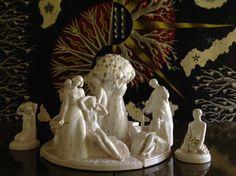 « Les Fruits d'Or » (1924) de la sculptrice française Lucienne HEUVELMANS (1881-1944), œuvre en faïence de la Manufacture Nationale de Sèvres. Elle a été présentée lors de l'Exposition internationale des arts décoratifs et industriels de 1925 Arts, Les Oeuvres, Lion Sculpture, Statue, Painting, Painting Art, Paintings, Paint, Draw