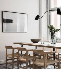Kitchen and dining area in natural colors - via Coco Lapine Design blog | @juliaalena
