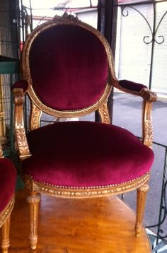 #Four armchairs #medallion in #giltood, 19th century. For sale on #Proantic by John Peter Antics.