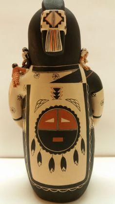 Story-Teller-Native-American-Pottery-Dena-M-Suina-Cochiti-22-Children-Signed