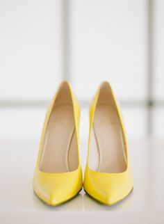Yellow wedding shoes: http://www.stylemepretty.com/2015/04/07/bridal-fitness-inspiration-for-your-wedding-day/ | Photography: Rebecca Yale - http://www.rebeccayalephotography.com/