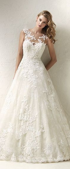 Modest Tulle Jewel Neckline A-line Wedding Dress With Lace Appliques