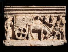 Small clay urn depicting an Etruscan wagon. Etruscan civilization, 3rd century b.C. Small clay urn depicting an Etruscan wagon. Artwork-location: Rome, Museo Della Civiltà Romana (Museum Of Roman Civilisation)
