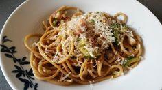Espaguetis-con-calabacín-bacón-y-queso-final