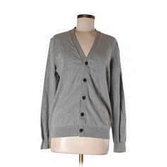 Pre-owned Uniqlo Cardigan ($15) ❤ liked on Polyvore featuring tops, cardigans, grey, uniqlo cardigan, uniqlo, gray cardigan, grey cardigan and gray top