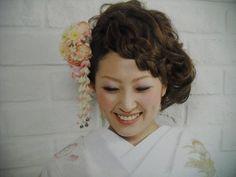 和装髪型♡ Wedding Kimono, Wedding Dresses, Japanese Wedding, Japanese Style, Hair Arrange, Wedding Styles, Wedding Ideas, Headpiece, Wedding Hairstyles