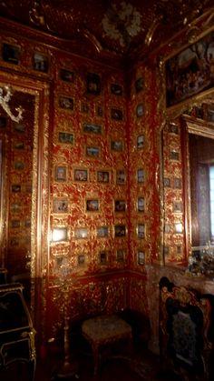 loveisspeed .......: O Residenz de Munique é o antigo palácio real dos monarcas da Baviera, no centro da cidade de Munique, Alemanha. O Residenz é o palácio maior cidade da Alemanha e hoje é aberto aos visitantes por sua arquitetura e decoração de quarto, e exibe a partir das colecções antigas reais ...