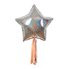 These sparkly star balloons feature shiny holographic foil and metallic strings. Pack contains 6 balloons and 6 lengths of cord. Images courtesy of Meri Meri. Unicorn Balloon, Unicorn Party, Letter Balloons, Foil Balloons, Sylvester Party, Happy Birthday Girlande, Paper Streamers, Holographic Foil, Space Party