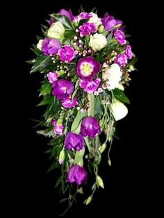 Google Image Result for http://www.flowerfusiononline.co.uk/images/photos/weddings/tear-drop-bridal-bouquet.jpg