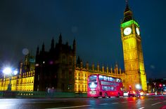 LONDRA 2012 : : House of Parliament and Big Ben di notte