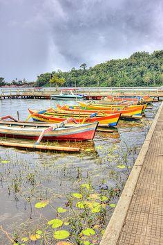 Boats in Waiting, Bali  by LifeInMacro | Thainlin Tay, via Flickr