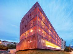 Centro Internacional de Alojamentos do Observatório Oceanográfico / atelier fernandez & serres
