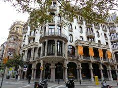 Barri de Gracia - Barcelona, Spain | artistic neighborhood