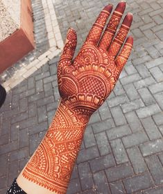 Explore Best Mehendi Designs and share with your friends. It's simple Mehendi Designs which can be easy to use. Find more Mehndi Designs , Simple Mehendi Designs, Pakistani Mehendi Designs, Arabic Mehendi Designs here. Palm Mehndi Design, Latest Bridal Mehndi Designs, Indian Henna Designs, Full Hand Mehndi Designs, Henna Art Designs, Mehndi Designs For Girls, Mehndi Designs 2018, Dulhan Mehndi Designs, Mehndi Design Photos