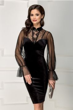 Forever in Style - Beauty and Fashion through the centuries Elegant Outfit, Classy Dress, Classy Outfits, Dressy Dresses, Elegant Dresses, Beautiful Dresses, Cute Skirt Outfits, Dress Outfits, Fashion Dresses