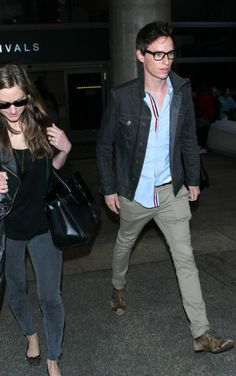 diariodeunaidealista2:  Eddie Redmayne is seen arriving at LAX airport with his wife Hannah Bagshawe, 21 February 2015.