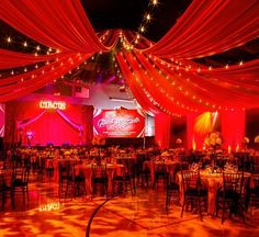 The temperature and special events season are starting to really Spring up! What are you doing this weekend? wedding #party #birthday #barmitzvah #batmitzvah #quinceanera #party #parties #LA #santamonica #westwood #brentwood #southbay #beverlyhills #marriage #brunch #events #eventplanning #eventrentals #eventinspiration #partyrentals #tablescape #weddinginspiration #weddinginspo #eventinspo #eventdesign #weddingreception #eventprofs #lighting #eventdesign #weddingplanner #partyplanner…