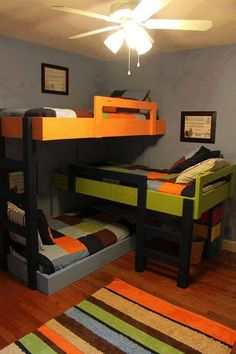 Funny pictures about Custom Triple Bunk Beds. Oh, and cool pics about Custom Triple Bunk Beds. Also, Custom Triple Bunk Beds photos. Bunk Beds With Stairs, Kids Bunk Beds, Loft Beds, Triple Bunk Beds, Triple Bed, Triple Sleeper, Bunk Bed Plans, Modern Bunk Beds, Modern Loft